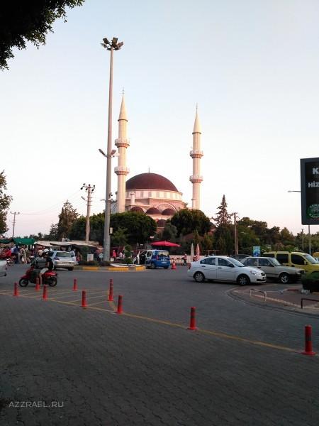 Мечеть в Авсаллар